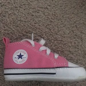 Converse infant size 3 sneakers